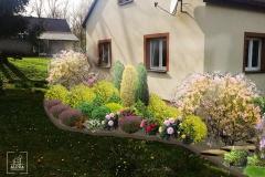 Projekt uzupełnienia nasadzeń roślinnych przy domu jednorodzonymi na bardzo dużej  działce.